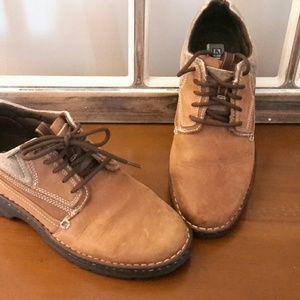 Ariat shoe